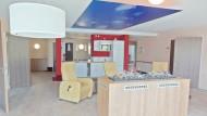 Im Zentrum jeder Pflegeoase steht ein großzügiger Wohn- und Aufenthaltsbereich.