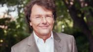Professor Dr. Stefan May, Leiter Vermögensverwaltung