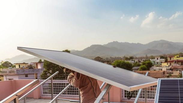 Tourismus, Logistik, erneuerbare Energien – die Zukunft nach dem Öl gestalten
