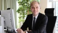 Philipp Panizza arbeitet als Consultant bei Roland Berger.