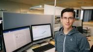 Wolfgang Geier, 33, hat einen Bachelor (B.Sc.) in Physikalischer Technik und ist aktuell in der Entwicklung von Medizinprodukten für Bunuel tätig. Zudem absolviert er seit August 2017 berufsbegleitend einen Master in Wirtschaftsingenieurwesen.