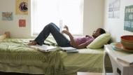 Wohl fühlen auf der ganzen Welt: Wenn Studenten Zimmer tauschen, können sie Geld sparen.