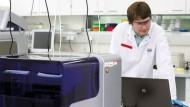Christoph Gaalken, 27, ist als Software Tester beim Ingenieurdienstleister Brunel GmbH bei dem Kunden Qiagen N.V. tätig