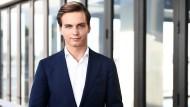 BERNHARD SCHULZ, 24, GRÜNDER VON COMPENSATION2GO