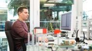 Frederick Guntermann, 33, hat Informatik an der Universität Karlsruhe (KIT) studiert und 2013 mit einem Bachelor of Science abgeschlossen.