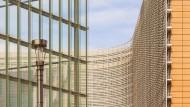 Die Europäische Kommission, das Exekutivorgan der EU, hat seinen Sitz in Brüssel: Hier werden unter anderem Vorlagen für die Kommission erarbeitet.