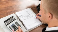 Gutes Zahlenverständnis, analytisches Denkvermögen, Genauigkeit: Diese Eigenschaften sollte ein Cashmanager mitbringen.
