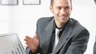 M&A-Berater begleiten sämtliche Transaktionen eines Unternehmens, zum Beispiel Fusionen oder Akquisitionen