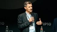 """""""Die Möglichkeiten nach dem Studium sind vielfältig"""" weiß Stefan Schaltegger, Professor für Nachhaltigkeitsmanagement."""