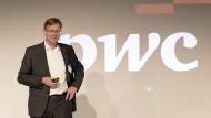 Martin Scholich, Vorstandsmitglied bei PricewaterhouseCoopers AG