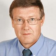 Autorenporträt / Bünder, Helmut (bü.)