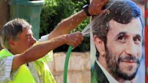 Ahmadineschad wird in Beirut gefeiert