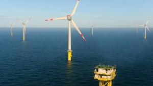 Erster deutscher Hochsee-Windpark geht ans Netz