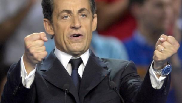 """Superpremierminister"" Sarkozy"