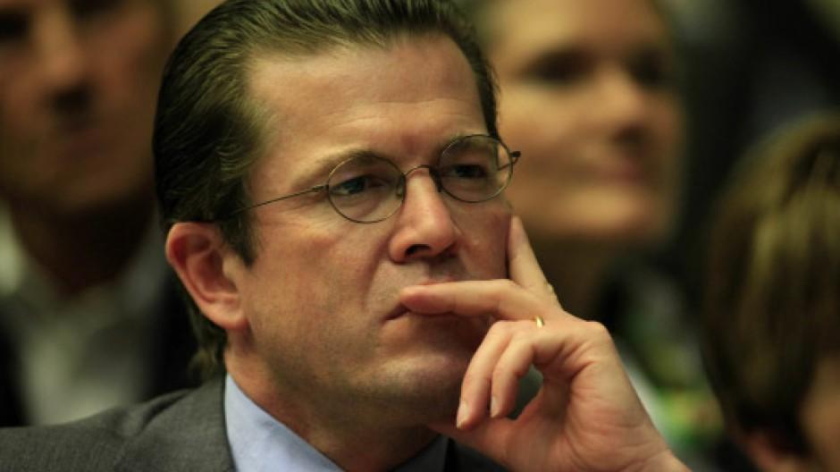 Plagiat Affare Spd Fordert Guttenbergs Entlassung Die Guttenberg Affare Faz