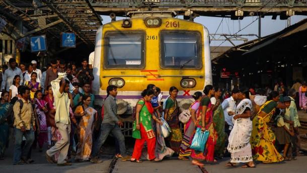120 Milliarden Euro für die indische Eisenbahn