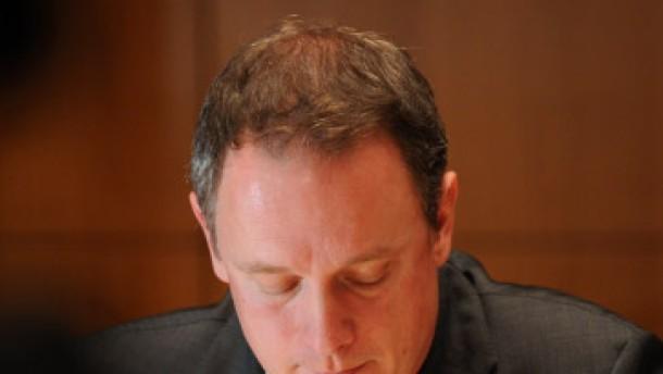 Fahrenschon verteidigt sich gegen Vertuschungsvorwürfe
