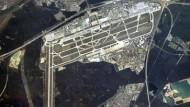 Der Frankfurter Flughafen - wie ihn Habichte sehen