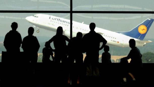 Welche Flughäfen von den Streiks betroffen sind