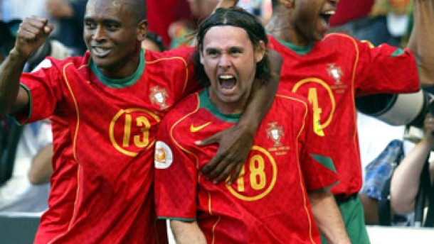Mäßiges 2:0 gegen Rußland läßt Portugal wieder hoffen