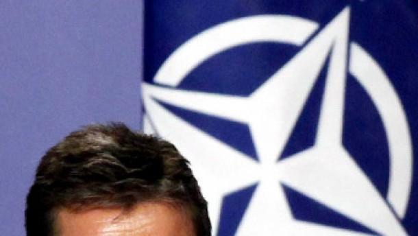 Rasmussen will mit gemäßigten Taliban verhandeln