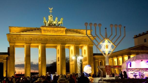 Jüdisches Leben in der Öffentlichkeit zunehmend bedroht