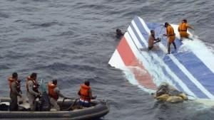 Ermittler: Airbus nicht auseinandergebrochen