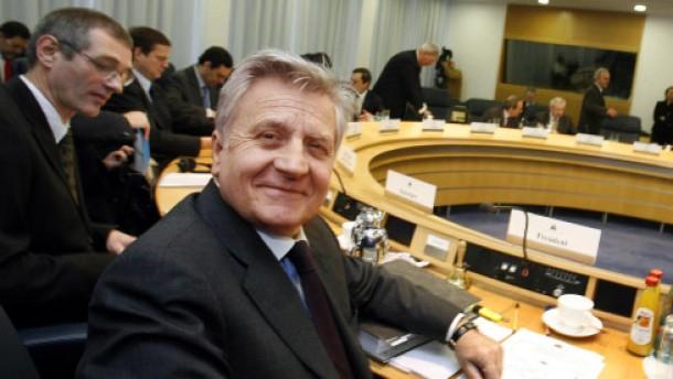 Beobachter sehen EZB in einer Zwickmühle