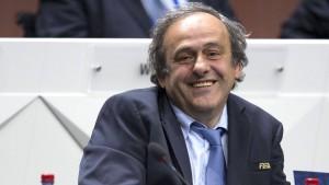 Platini kandidiert für das Präsidentenamt