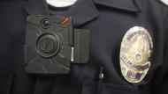 Polizei stattet Beamte in Los Angeles mit Bodycams aus
