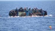 Italienische Küstenwache rettet abermals Tausende Menschen