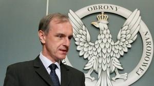 Polnischer Verteidigungsminister tritt zurück