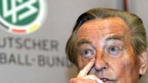 Tatenloser DFB: Niemand knöpfte sich Hoyzer vor