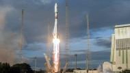 Raketenstart: Dritter Versuch endlich geglückt