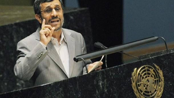 """Iran: """"Wie eine lästige Schmeißfliege"""""""