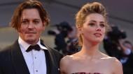 Schräger Auftritt von Johnny Depp