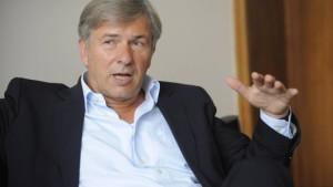 Wowereit: Das Tabu muss weg. Es schadet der SPD