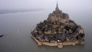 Mont-Saint-Michel: Extreme Ebbe nach Springflut