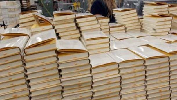 Wirtschaftsverlage profitieren von Bereinigung des Titelangebots