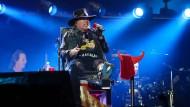 Axl Rose für AC/DC auf der Bühne