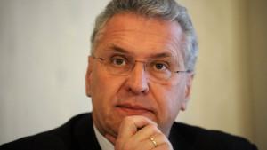 Herrmann: Pläne für Polizeireform verfassungswidrig