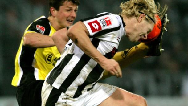 Neuville bewahrt Gladbach vor Niederlage in Aachen