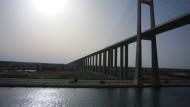 Neuer Suez-Kanal soll Ägypten zu Boom verhelfen