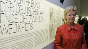 Steinbach mahnt Schutz von Steinmeier an