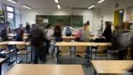 In Bewegung: Das Interregnum im Hessischen Landtag hat alte Fronten in der Schulpolitik durchlässiger gemacht - aber nicht aufgelöst.