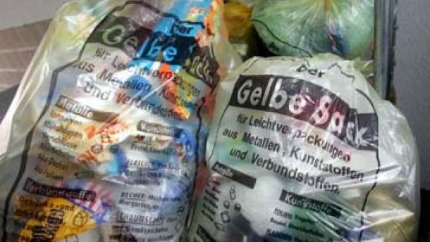 Gewerbe- und Industriebetriebe türmen mehr Verpackungsmüll auf