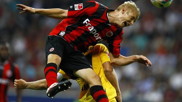 Eintracht verpasst Sprung an die Tabellenspitze
