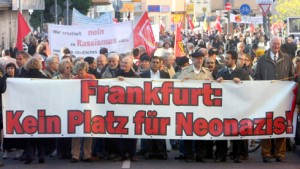 Protest gegen rechten Aufmarsch in Frankfurt