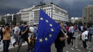 Zehntausende demonstrieren vor griechischem Parlament