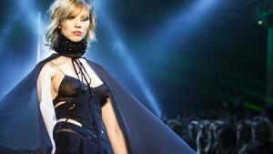 Weltraum-Erotik bei der Fashion Week